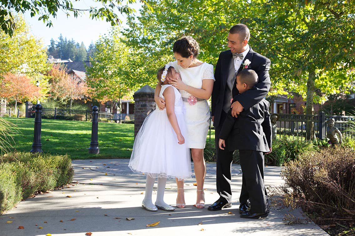 Blakely Hall Issaquah outdoor wedding venue