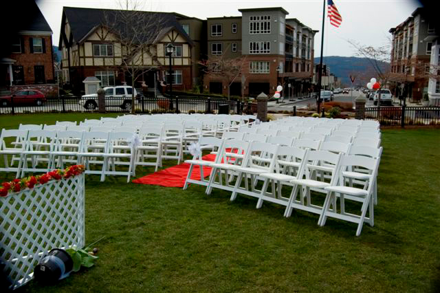 Blakely Hall Issaquah park wedding venue